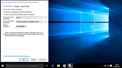 Barre des taches en haut windows 10