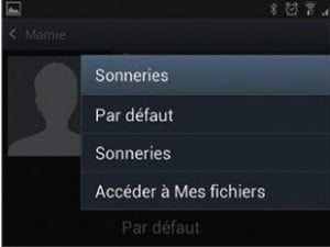 Attribuer une sonnerie à un groupe ou à un contact