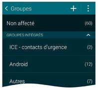 Lancez l'application Contacts et affichez vos contacts par groupes