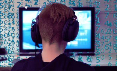 Image représentant un gamer avec casque audio